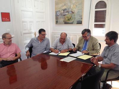 2016-firma-convenio-caritas-proyecto-hombre