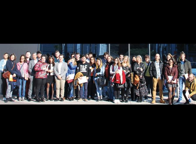 Alumnos del Centro de FP La Planilla visitan el Grupo Logístico Arnedo