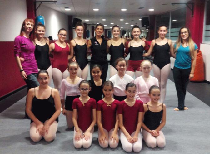 Bailarinas del Ballet Nacional y examinadoras de ACADE forman a las alumnas del ballet de Agustinos