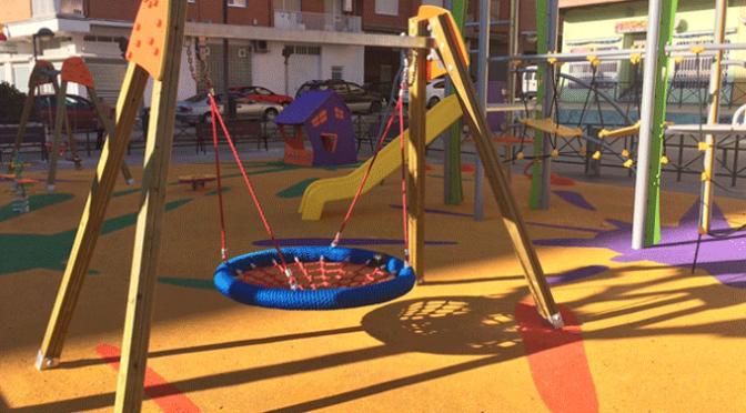 Colocación nuevos parques infantiles