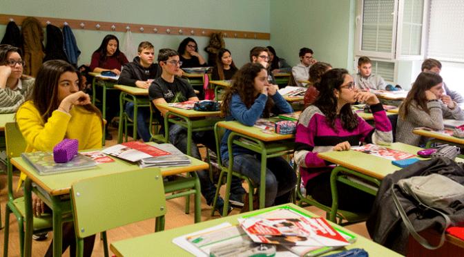 Sesión informativa de la Universidad de La Rioja en el Colegio San Agustín de Calahorra
