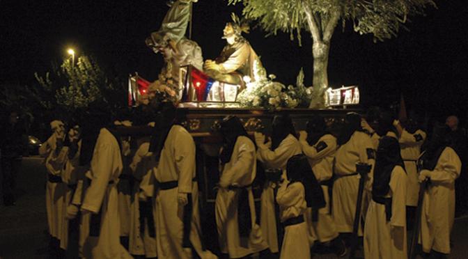 La procesión de Los Labradores protagoniza el Lunes Santo, hoy es el turno del Via Crucis Penitencial