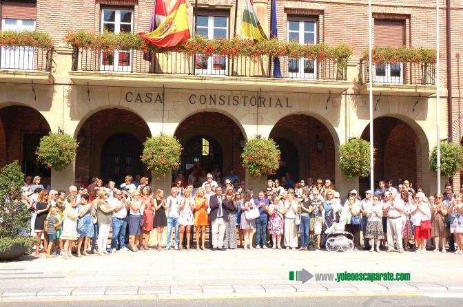 5 Minutos de silencio en honor a las victimas de Cataluña