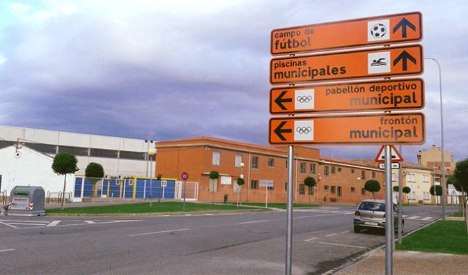 Instaladas las señales direccionales en Pradejón