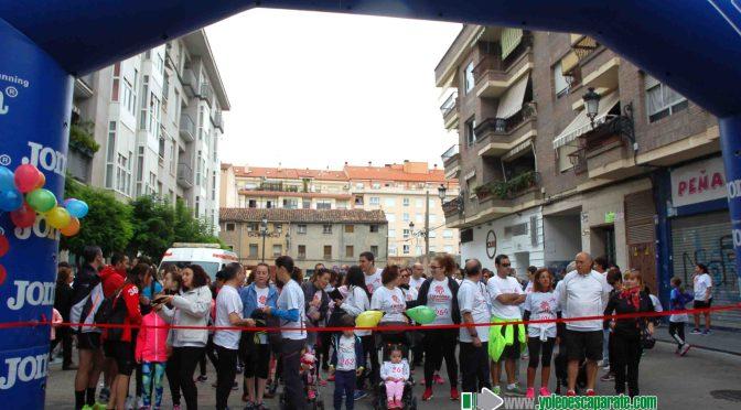 Cerca de cuatrocientas personas se dieron cita ayer en la carrera de Cáritas