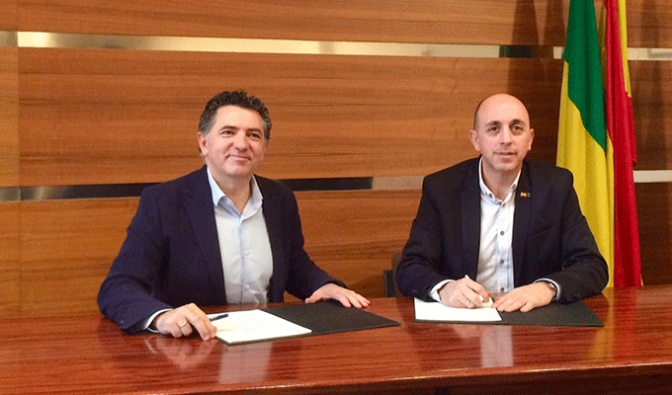 Convenio de colaboración para la reurbanización de varias calles de Pradejón