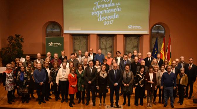 XI Jornada de la Experiencia Docente con la jubilación de 89 maestros y profesores