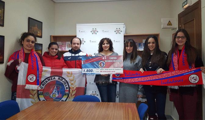 Crianza Rojilla ha hecho entrega de 1800 euros a AECC