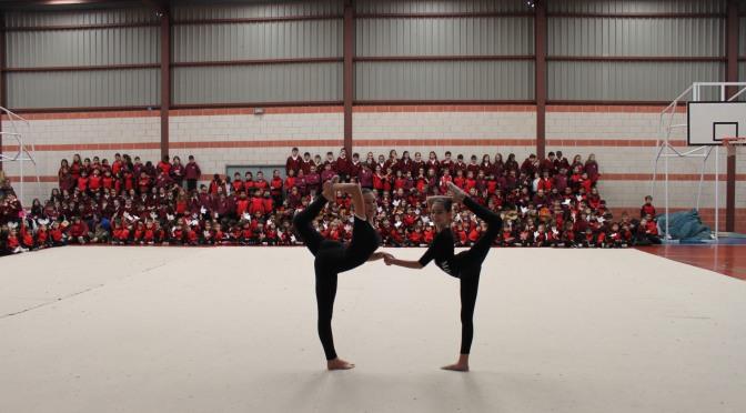 Los alumnos de Infantil y Primaria de Agustinos gritan 'Los niños queremos la paz'