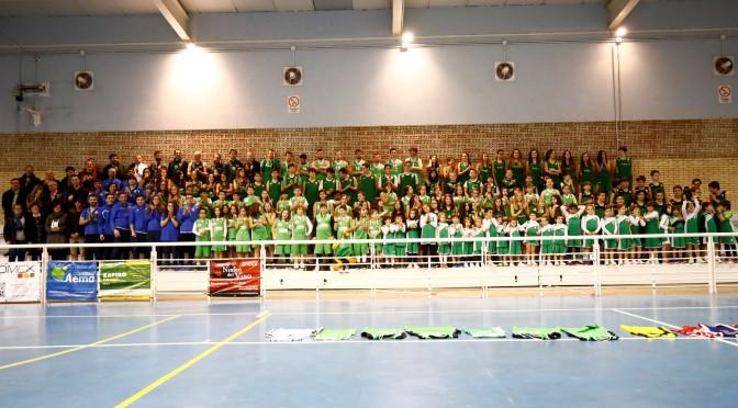 El Club Baloncesto Alfaro presenta a los 160 jugadores de los catorce equipos de la temporada 2017-2018