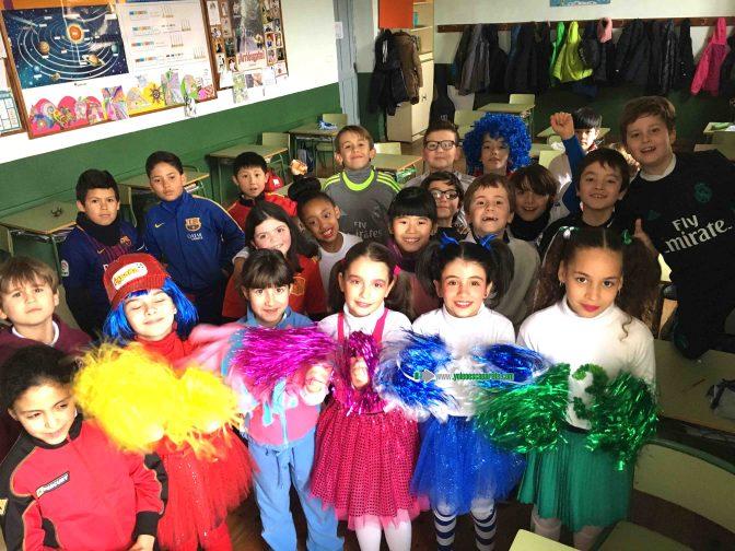 Los alumnos de Agustinos celebran el Carnaval