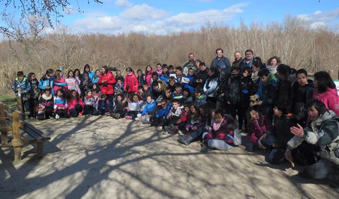 """170 escolares de Alfaro participan en 'Regeneramos los Sotos y ayudamos a las aves"""""""