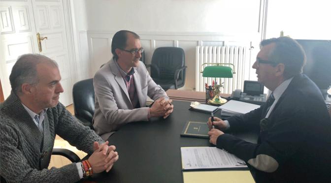 Firma del convenio de colaboracion entre el CD Calahorra y el Ayuntamiento de Calahorra