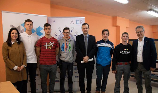 El IES Gonzalo de Berceo de Alfaro participa en el Concurso de Jóvenes  Instaladores