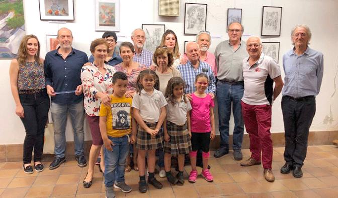 Más de 30 obras componen la exposición del taller de pintura infantil y adulto de San Adrián