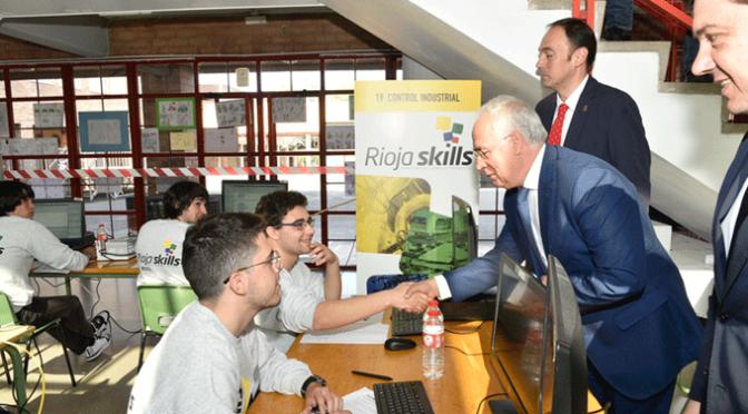 Alumnos de Formación Profesional del IES Gonzalo de Berceo están compitiendo en RiojaSkills