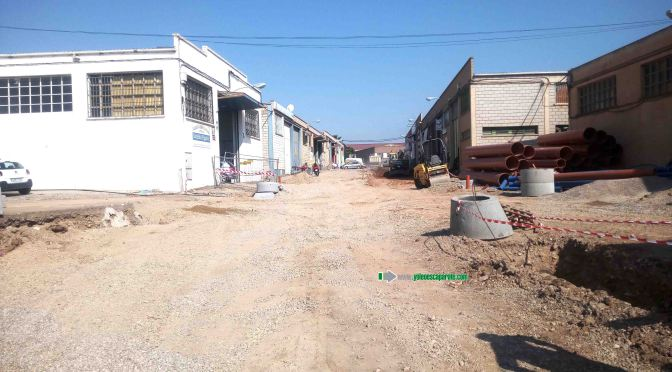 Las obras de la calle y Camino de la Algarraada se retrasan 2 meses