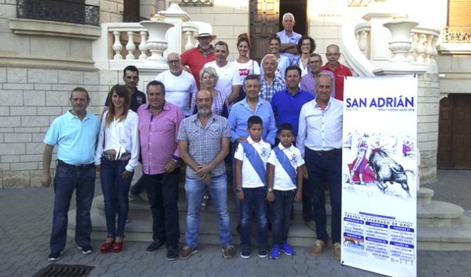 """XXVIII Edición de novilladas sin picadores, Trofeo """"Espárrago de Oro"""" en San Adrián"""