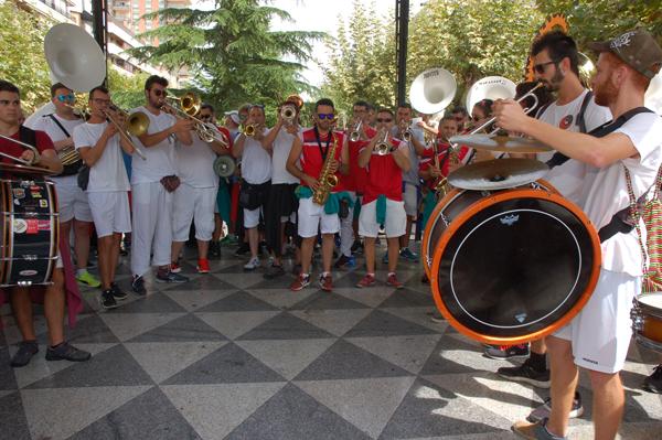 Concurso de charangas de las peñas en Calahorra