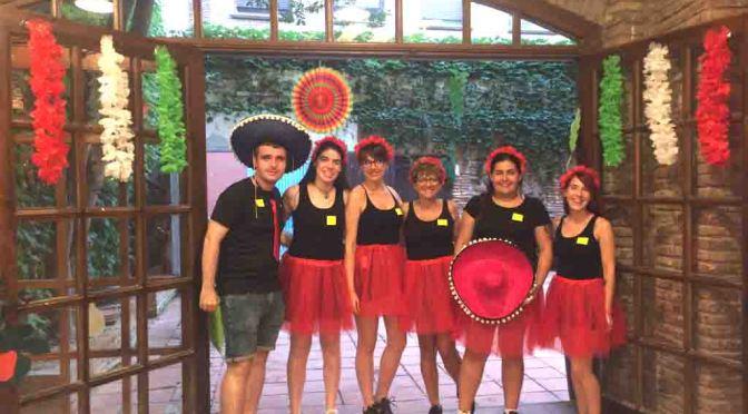"""Cerca de doscientos jóvenes disfrutaron de la """"Fiesta Mexicana"""" del CJCC"""