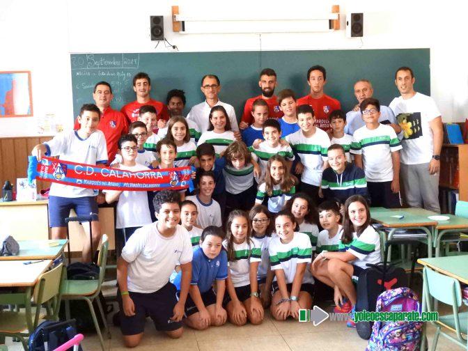 Alumnos de La Milagrosa y Teresianas han conocido a miembros del CD Calahorra