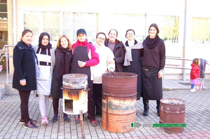 Los alumnos del CEIP Quintiliano disfrutan de la tradicional castañada