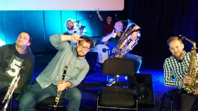 Muza Band este domingo continuando con el ciclo musical de noviembre