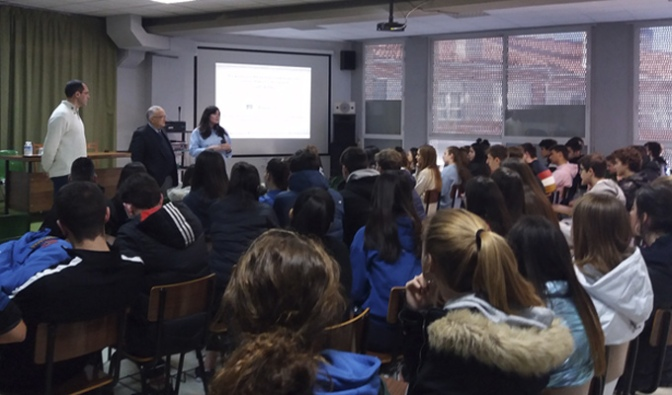 Conferencia Los orígenes del español en el colegio Santa Teresa