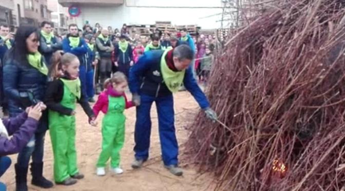 Encendido de la Hoguera Mayor en Rincón de Soto