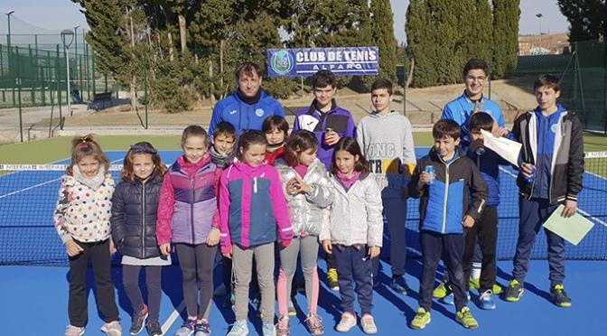 Un éxito el Torneo de Navidad de Tenis Alfaro con los niños y niñas de la Escuela de Tenis