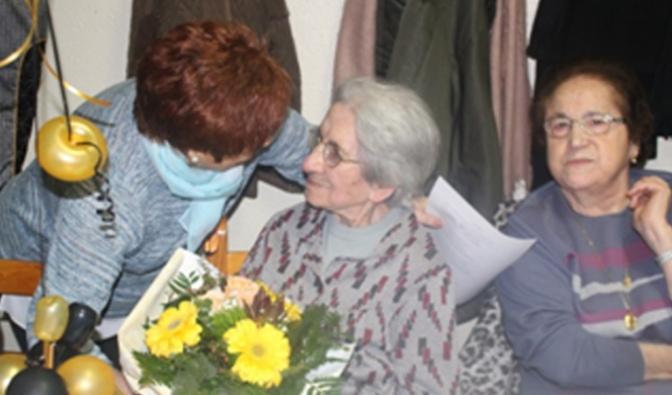 La aldeana Carmen San Salvador ya es centenaria, felicidades