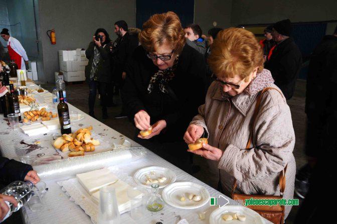 """Galeria: Degustación de pringadas ofrecida por la Cooperativa """"Los Santos Mártires"""""""
