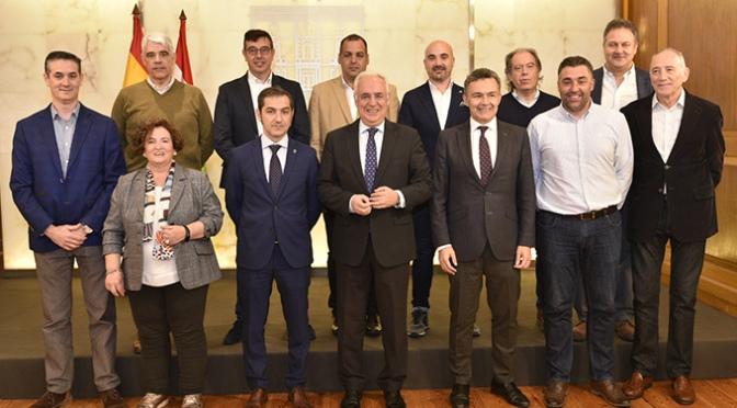 El Gobierno de La Rioja y el CD Calahorra renuevan su convenio de colaboración