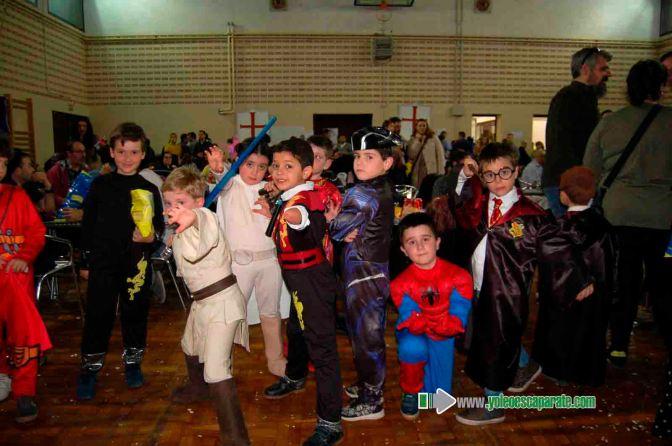 Mayores y pequeños disfrutaron del Carnaval alfareño que acaba hoy