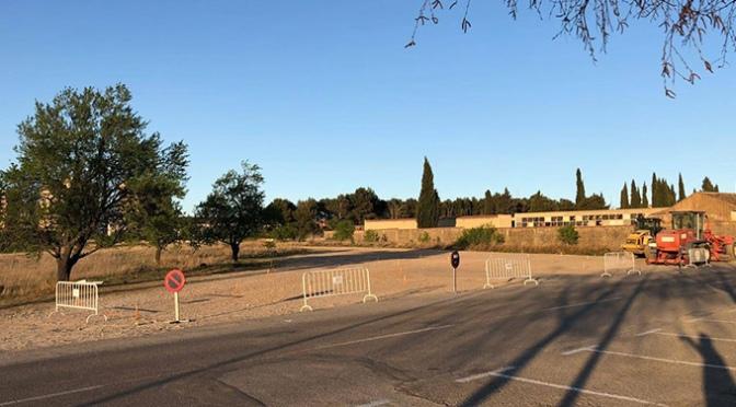 """Nueva zona de aparcamiento junto al Complejo Polideportivo Municipal """"La Planilla"""""""