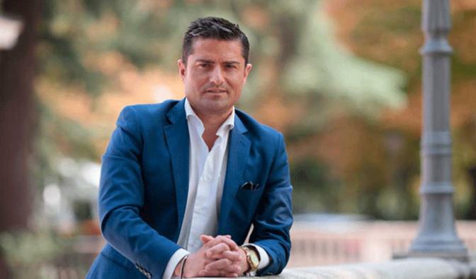 """Alfonso Merlos cierra el ciclo """"Citas con la actualidad"""""""