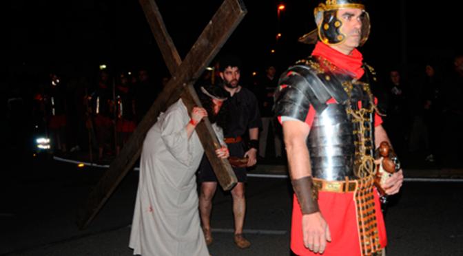 Calahorra revive la muerte y resurrección de Cristo en sus calles