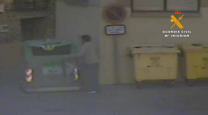 La Guardia Civil detiene a una persona en La Rioja Baja por maltrato animal.