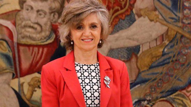 La Ministra de Sanidad, Consumo y Bienestar Social de España, María Luisa Carcedo se reune con una representación de la plantilla de FHC
