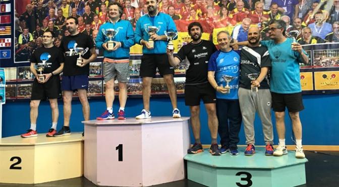El calagurritano Diego Serra en el campeonato de la Asociación española de jugadores veteranos de tenis de mesa