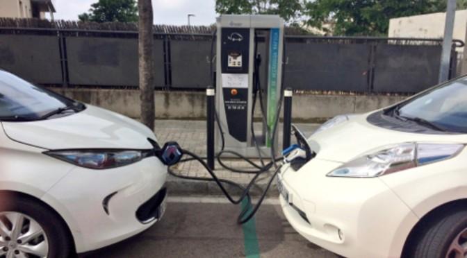 Los ayuntamientos riojanos pueden solicitar ayudas para la instalación de puntos de recarga de vehículos eléctricos