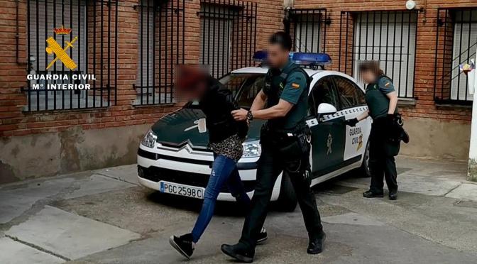Detenida una mujer por traficar con droga en una zona de ocio nocturno de Calahorra