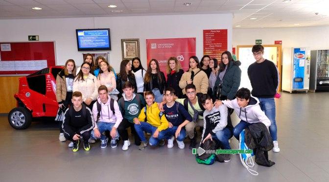 Estudiantes del Colegio Amor Misericordioso de Alfaro han visitado el Área UR Maker