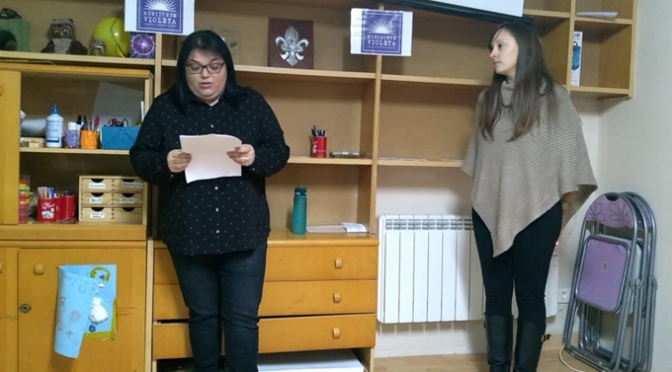 """Ángela Cordón y Judith Catalán forman  """"Horinzonte Violeta"""", nuevo colectivo feminista en Alfaro"""