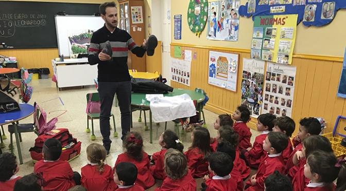 Alumnos de Agustinos se convierte en enfermer@s por un día gracias a Javier Merino