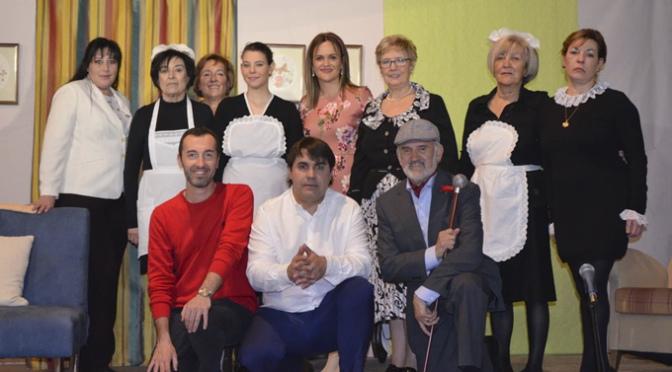 """Más de 500 espectadores en el estreno de """"Cuando ella es la otra"""" en Autol"""
