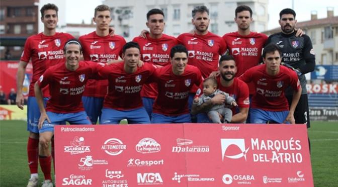 El CD Calahorra pierde por la mínima, 1-2, frente al CD Guijuelo