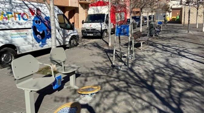Las molestias a los vecinos hacen que los juegos de personas mayores cambian su ubicación a la plaza entre las calles Aragón, Asturias y Galicia