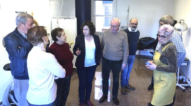 Santos destaca el valor del Centro de Participación Activa de Alfaro como punto de integración social