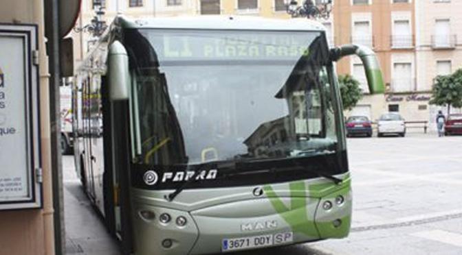 """El autobús urbano de Calahorra retoma el servicio al cementerio """"San Lázaro"""""""